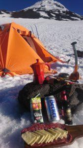 Snack en el campamento 2700m